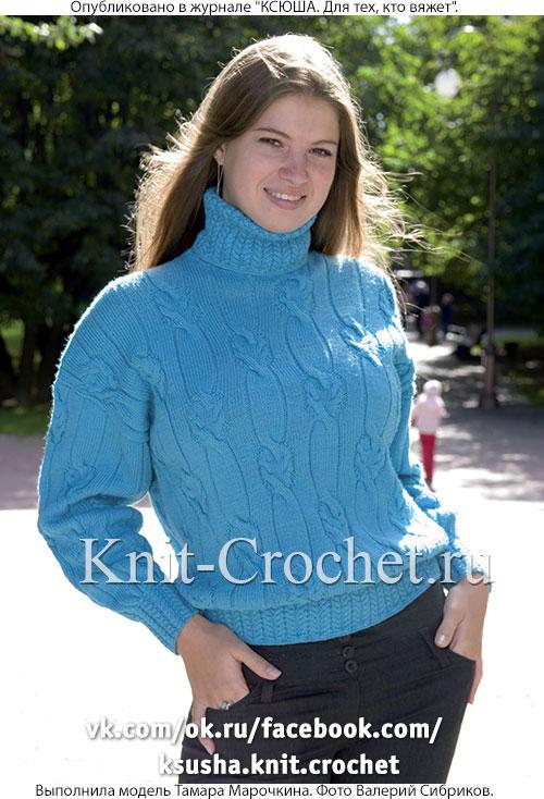 Связанный на спицах женский свитер размера 46-48.