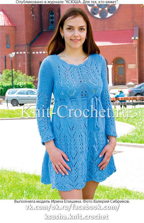 Связанное на спицах платье с ажурным узором 42-44 размера.