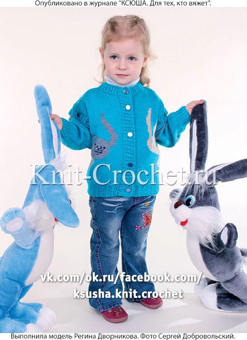 Жакет-жилет для девочки на рост 74-80 см, вязанный на спицах.