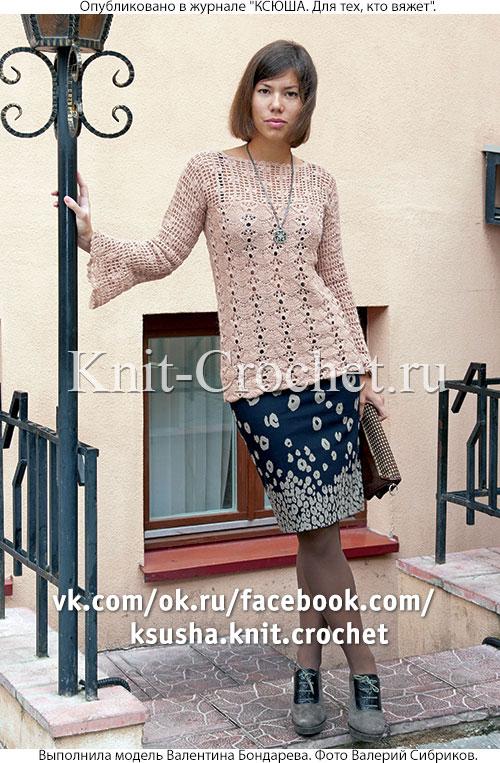 Женский пуловер с ажурными узорами размера 44-46, связанный на спицах и крючком.