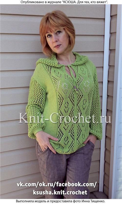 Женский пуловер с капюшоном размера 46-48, связанный на спицах.