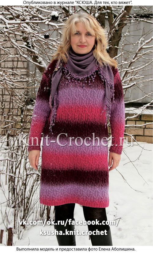 Связанное на спицах женское платье с воротником поло 48-50 размера.