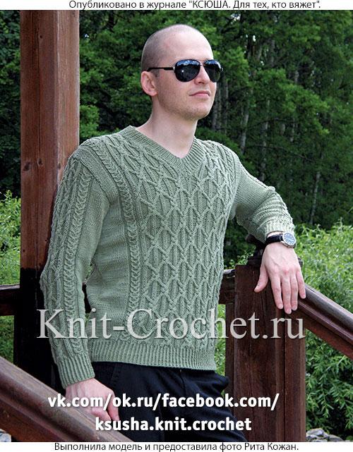 Связанный на спицах мужской пуловер 50-52 размера.