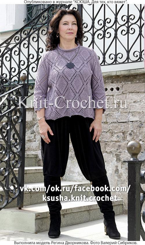Женский пуловер размера 50-52 с рукавом 3/4, связанный на спицах.