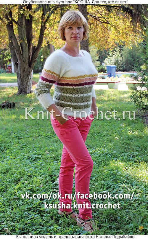 Женский пуловер реглан в полоску размера 46-48, связанный на спицах.